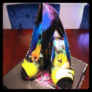 Iron Fist Girls Size 11 Rainbow Zebra heels